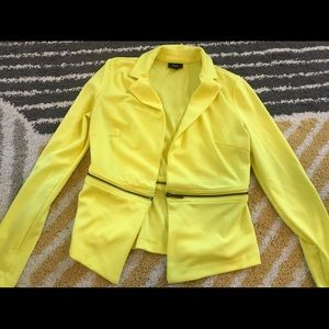 Fitted bright yellow blazer with zipper detail